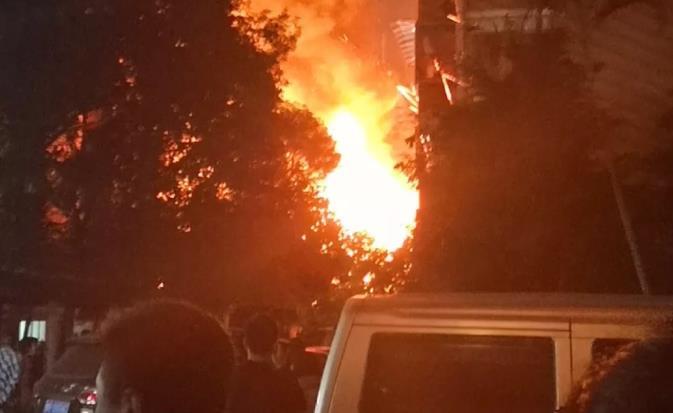 大利嘉城火灾 福州大利嘉城着火是怎么回事? 大利嘉城对面的棚户区着火了