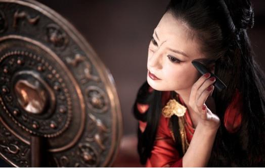 赵薇妇女节晒自拍是什么样子_赵薇最新电影、活动有哪些-汇美优普-热门搜索话题榜